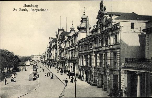 Ak Hamburg Mitte St. Pauli, Partie in der Reeperbahn, Passanten, Polizeiwache 13 0