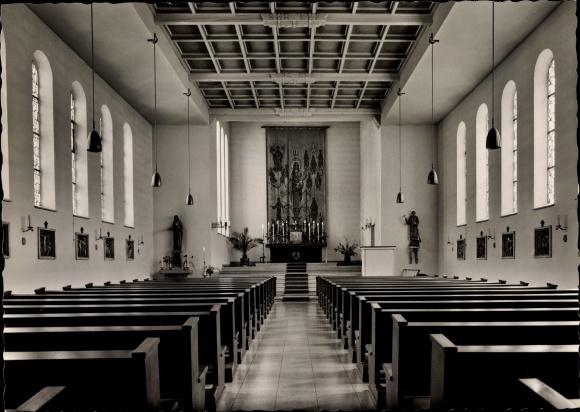 Ak Bad Berleburg in Westfalen, Liebfrauenkirche, Innenansicht 0