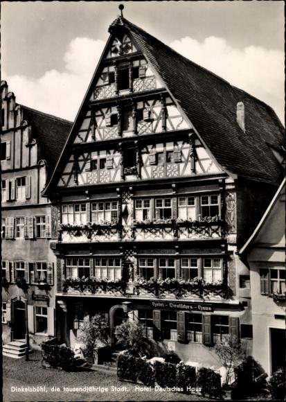 Ak Dinkelsbühl in Mittelfranken, Hotel Deutsches Haus, Gebäudefassade 0