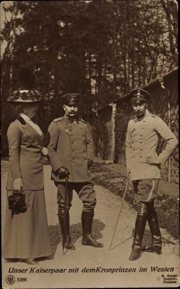 Ak Kaiser Wilhelm II. von Preußen, Kaiserin Auguste Viktoria, Kronprinz, im Westen, NPG 5366 0