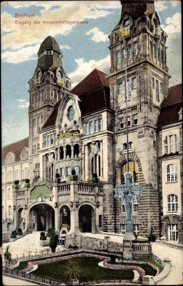 Ak Bochum im Ruhrgebiet, Eingang des Knappschaftsgebäudes, Vorderseite 0