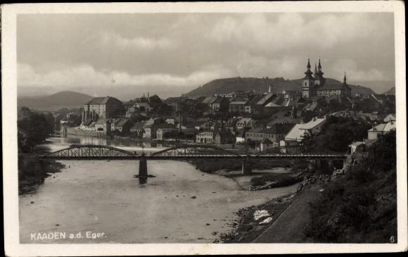 Foto Ak Kadaň Kaaden Reg. Aussig, Panorama vom Ort, Egerbrücke 0
