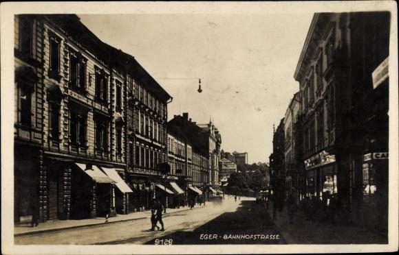 Ak Cheb Eger Reg. Karlsbad, Bahnhofstraße 0