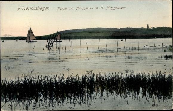 Ak Berlin Köpenick Friedrichshagen, Partie am Müggelsee m. d. Müggelturm, Segelboote