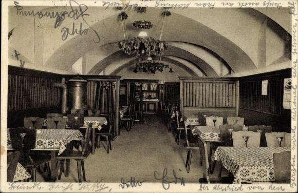 Ak Kufstein in Tirol, Erster Zipfer Bierkeller, Inh. Marianne Löffelmann, Innenansicht 0