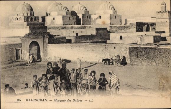 Ak Kairouan Tunesien, Mosquée des Sabres, Moschee, Kinder