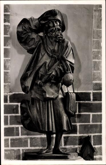 Ak Güstrow in Mecklenburg Vorpommern, Dom St. Maria, Apostelfigur von Claus Berg, Jakobus