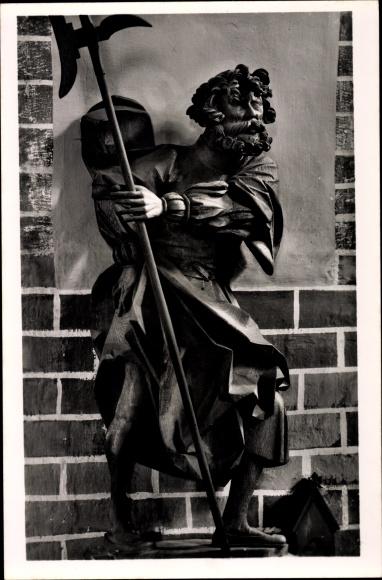 Ak Güstrow in Mecklenburg Vorpommern, Dom St. Maria, Apostelfigur von Claus Berg, Judas Thaddäus