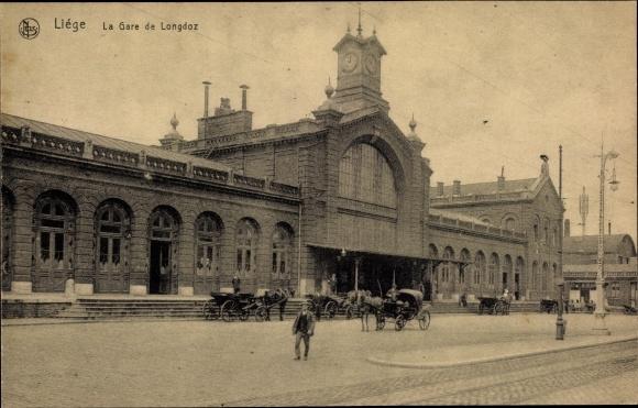 Ak Liège Lüttich Wallonien, La Gare de Longdoz, vue de la rue