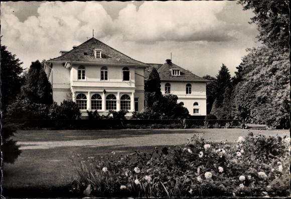 Ak Reinbek Schleswig Holstein, Haus der Jugendarbeit, Jugendbehörde Hamburg, Außenansicht, Blumen