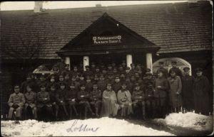 Foto Ak Feldlazarett Äußere Station I., Soldaten, Militärärzte, Sanitäter, I. WK