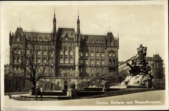 Ak Szczecin Stettin Pommern, Rathaus u. Manzelbrunnen, Straßenansicht