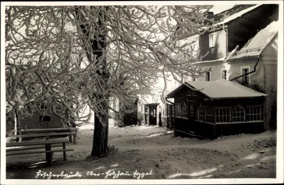 Ak Oberholzhau Rechenberg Bienenmühle Erzgebirge, Fischerbaude im Winter
