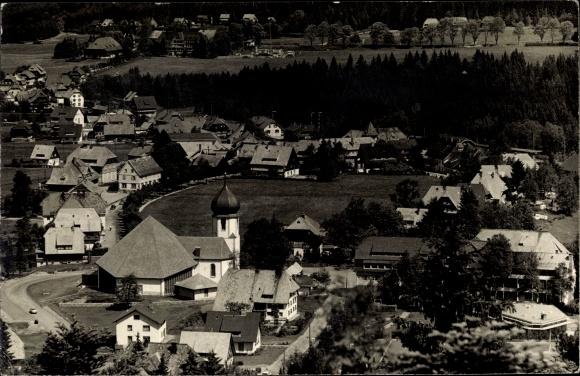 Foto Ak Hinterzarten im Südschwarzwald, Panorama vom Ort