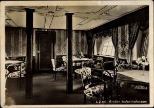 Ak Großer Aufenthaltsraum eines Luftschiffes, Innenansicht eines Zeppelins