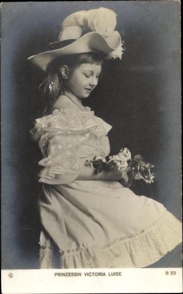 Ak Prinzessin Victoria Luise von Preußen, Portrait mit Hut