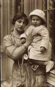 Ak Alexandra Viktoria von Schleswig Holstein Sonderburg Glücksburg mit Sohn, NPG 4797