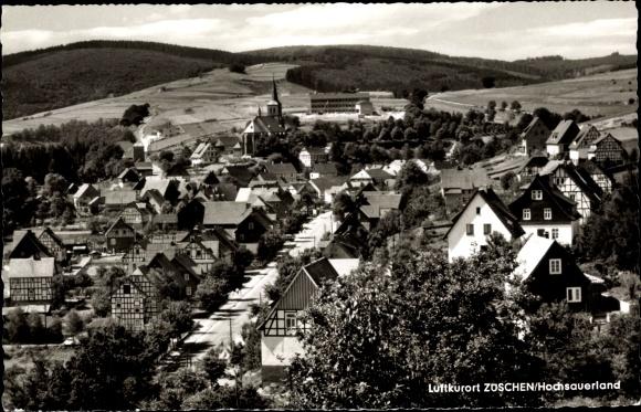 Ak Züschen Winterberg im Sauerland, Panorama vom Ort