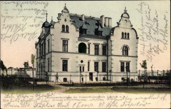 Ak Trzebiatów Treptow Rega Pommern, Kommandeurhaus der Unteroffizierschule