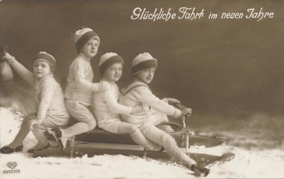 Ak Glückwunsch Neujahr, Kinder auf einem Schlitten, EAS 09505/3