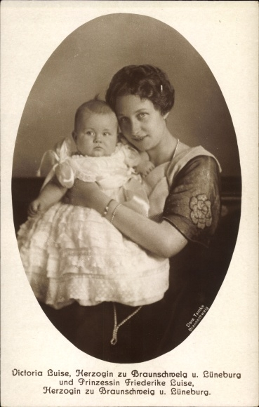 Ak Prinzessin Victoria Luise von Preußen, Prinzessin Friederike Luise, Portrait