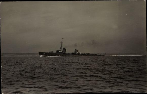 Foto Ak Deutsches Kriegsschiff auf See, Reichsmarine