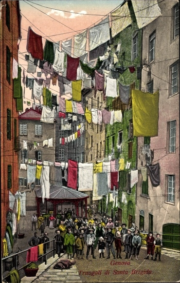 Ak Genova Genua Ligurien, Truogoli di Santa Brigida, Wäscheleinen zwischen Häuserfassaden