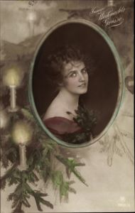 Ak Frohe Weihnachten, Tannenzweig, Kerzen, Frauenportrait