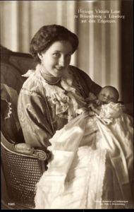 Ak Prinzessin Victoria Luise von Preußen mit dem Erbprinzen, Portrait, Liersch 7005