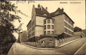 Ak Lutherstadt Eisleben in Sachsen Anhalt, Oberrealschule