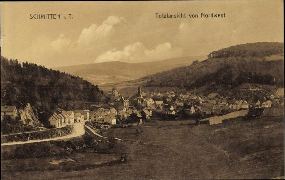 Ak Schmitten im Taunus Hessen, Totalansicht vom Ort mit Kirche, Blick von Nordwest, Wald