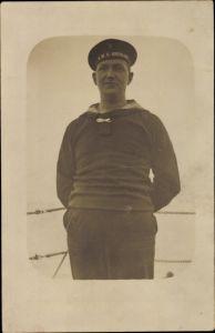 Foto Ak Deutscher Matrose in Uniform, SMS Rheinland, Kaiserliche Marine