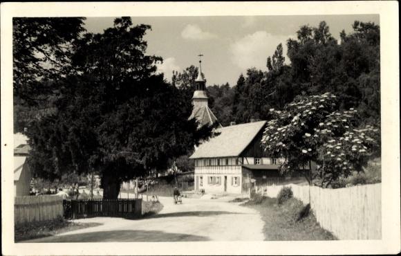 Ak Lückendorf Oybin in Sachsen, 1500 jährige Eibe, Kirche