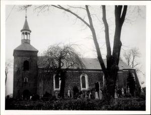 Foto Werdum in Niedersachsen, Kirche, Friedhof