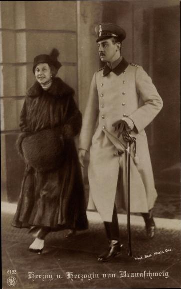 Ak Herzog Ernst August zu Braunschweig Lüneburg, Prinzessin Victoria Luise von Preußen, NPG 6163