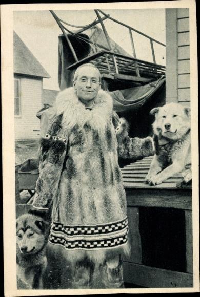 Ak Alaska USA, Sa Grandeur Monseigneur Crimont, Évêque, Huskys