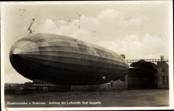 Ak Friedrichshafen am Bodensee, Aufstieg des Luftschiffes Graf Zeppelin, LZ 127