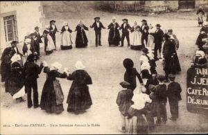 Ak Auray Morbihan, Noce Bretonne dansant la Ridee
