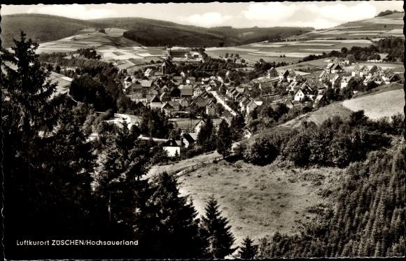 Ak Züschen Winterberg im Hochsauerlandkreis, Panorama vom Ort