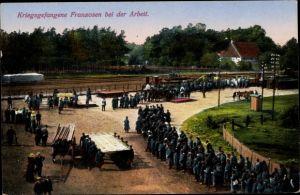Ak Kriegsgefangene Franzosen bei der Arbeit, Kriegsgefangenenlager, I. WK