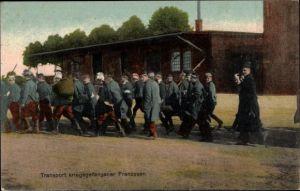 Ak Transport kriegsgefangener Franzosen, I. WK