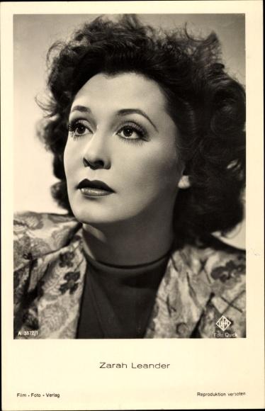 Ak Schauspielerin und Sängerin Zarah Leander, Portrait, Ufa Film