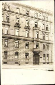 Foto Ak Nürnberg, Malermeister Heinrich Schleier, Wohnhaus, Anwohner