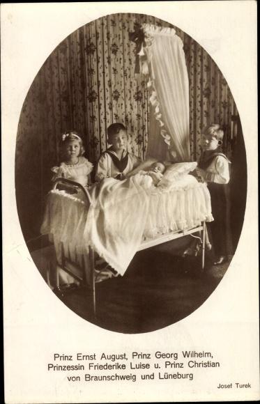 Ak Prinzen Ernst August, Georg Wilhelm, Christian, Prinzessin Friederike von Braunschweig Lüneburg