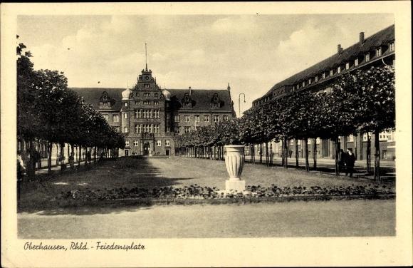 Ak Oberhausen Im Ruhrgebiet Friedensplatz Grunanlage Nr 2116420