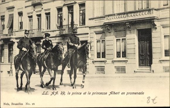 Ak Bruxelles Brüssel, Prinz Albert I. von Belgien, Elisabeth Gabriele von Belgien zu Pferde