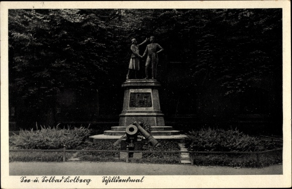 Ak Kołobrzeg Kolberg Pommern, Blick zum Schilldenkmal, Kanone