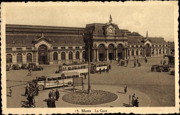 Ak Mons Wallonien Hennegau, La Gare, vue de la rue, tramway