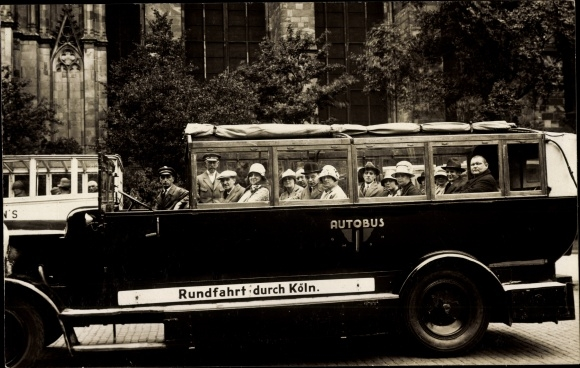 Foto Ak Köln am Rhein, Stadtrundfahrt, Autobus mit offenem Verdeck