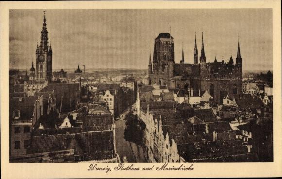 Ak Gdańsk Danzig, Rathaus, Marienkirche, Blick über die Dächer der Stadt